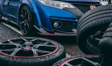 car-repair-wheel-balancing